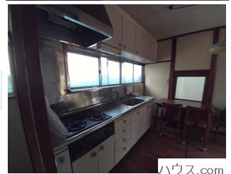 横浜店舗付き住宅物件のキッチン画像
