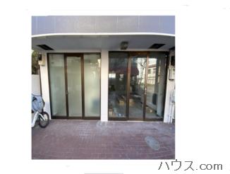 八王子トリミングサロン・ホテルの店舗の入り口画像