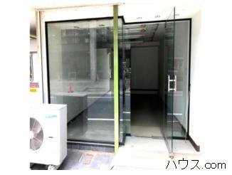 松戸市トリミングサロン賃貸店舗物件前面ガラス張り画像