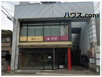 鎌倉の大仏で有名な高徳院への通り道である大仏通り沿いに出店!