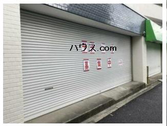 与野駅近動物病院向け賃貸店舗物玄関シャッター画像