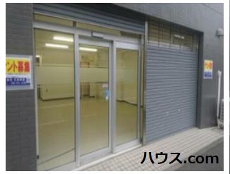 横浜市内の動物病院向け賃貸店舗物件玄関画像