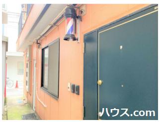学芸大学駅近のトリミングサロン賃貸店舗物件の玄関画像